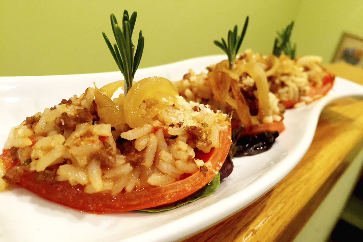 rice stuffed tomato